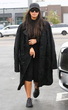 Kim Kardashian from The Big Picture: Today's Hot Pics  The Keeping Up With the Kardashians star shops in Los Angeles.