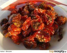 Domácí sušená rajčata TOP Dried Tomatoes, Raw Food Recipes, Tandoori Chicken, Preserves, Kids Meals, Pesto, Pork, Food And Drink, Herbs