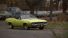 Plymouth Road Runner Coupê -  1971 do Filme ' Os Amigos de Eddie Coyle ' -  1973