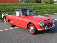 Buyer's Guide to replacing your 1968 and 1969 Datsun Fairlady SPL311 1600 & SRL311 2000 convertible top   TopsOnline Blog