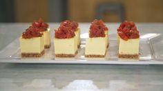Aprenda a fazer essa versão do cheesecake para servir como canapé