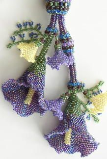 Linda Richmond has a plethora of patterns and a few kits available. I could go hawg wild on her site. Schmooze around, there's lots to feast your eyes on.