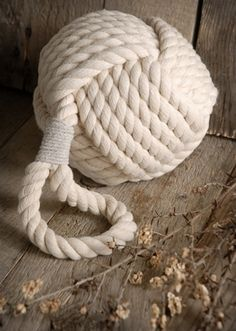 10.00 SALE PRICE! Bring the adventurous feeling of the open seas to your office or home with this novelty globe. The White Rope Knot will compliment nautical...
