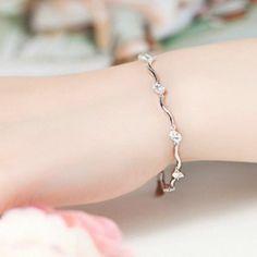 http://www.hannahwebdesign.com/zilveren-armbanden-kopen/