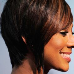 Gorgeous haircut - but def think some extensions are used in the front