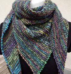 Dreieckstücher - Dreieckstuch gestrickt  - ein Designerstück von Filafil bei DaWanda Drops Design, Knitting, Etsy, Crochet, Pattern, Shawls, Hooks, Stitches, Fashion