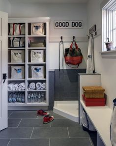 Mudroom Dog Shower - Design photos, ideas and inspiration. Amazing gallery of interior design and decorating ideas of Mudroom Dog Shower in garages, laundry/mudrooms by elite interior designers. Animal Room, Mudroom Laundry Room, Laundry Room Design, Pet Washing Station, Dog Wash, Dog Rooms, Dog Shower, Bath Shower, Shower Rooms