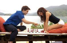 Twilight Breaking Dawn I - Bella Swan) Kristen Stewart e Edward Cullen (Robert Pattinson)