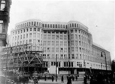 Berlin Torstraße 1-Erwerb des Grunstueckes Lothringerstrasse/Prenzlauerallee durch Hermann Golluber Baugesellschaft erbaut 1928-1929.