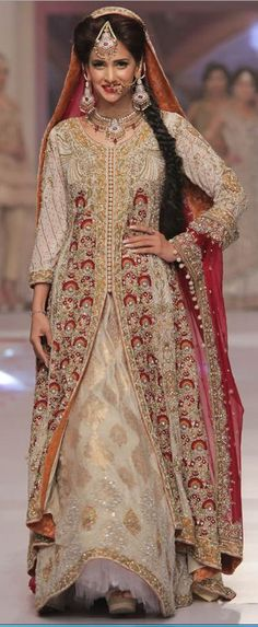 SARAH GANDAPUR TELENOR BRIDAL COUTURE WEEK 2015