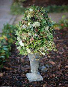Rustic wedding flower arrangement Zita Elze