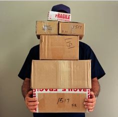 PLAN ACCORDINGLY: Shippers do not count Sunday or holidays as a delivery day. Only USPS counts Saturday as a delivery day, unless Saturday delivery is specifically requested. Selling Online, Selling On Ebay, Online Sales, Delivery Man, Parcel Delivery, Package Delivery, Mail Delivery, Special Delivery, Wie Macht Man