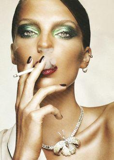 modeavenueparis:    Daria Werbowy | Ph. by Ben Hassett | Vogue Turkey July 2010