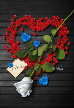 Romantic Images, Romantic Flowers, Flowers Nature, Blue Flowers, Red Roses, Love Heart Images, Hearts And Roses, I Love You Forever, Heart Wallpaper