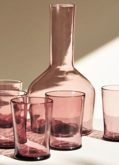 Home Decor Styles An Amethyst Glass Decanter with 12 Glasses by Archivio Lante.Home Decor Styles An Amethyst Glass Decanter with 12 Glasses by Archivio Lante Rose Uniacke, Verre Design, Kitchenware, Tableware, Cheap Home Decor, Home Gifts, Future House, Home Accessories, Luxury Homes