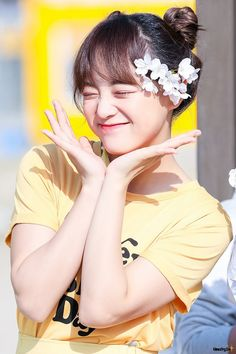 170411 - Kim Sejeong @ The Show mini fanmeeting Kpop Girl Groups, Korean Girl Groups, Kpop Girls, Kim Sejeong, Kim Jung, Wattpad Book Covers, Jung Hyun, Jellyfish Entertainment, Real Model