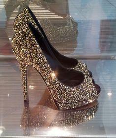 Silver and Black Sparkly Wedding Shoes ♥ Glitter Bridal Shoes | Gümüş Rengi ve Siyah Rengi Parlak Abiye Ayakkabılar