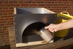 Mobile Pizza Oven, Diy Pizza Oven, Pizza Oven Outdoor, Pizza Ovens, Pizza Oven Fireplace, Fire Pit Pizza, Wood Burning Oven, Dry Sand, Four A Pizza
