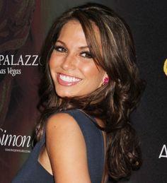 Melissa Rycroft rocks ringlet curls