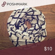 Cotton Infinity Scarf A lightweight, cotton infinity scarf in a black and white print.  Perfect for fall layering 🍂 Stitch Fix Accessories Scarves & Wraps