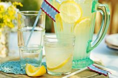 Cloudy lemonade is a summer al fresco classic. Refreshing and full of zing, this recipe will be loved by all. Summer Drinks, Cold Drinks, Mothers Day Spa, Low Carb Recipes, Vegetarian Recipes, Lemonade Cocktail, Tesco Real Food, 4th Of July Desserts, Sugar Scrub Recipe