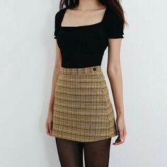 Teen Fashion, Korean Fashion, Fashion Outfits, Winter Fashion, Fashion Skirts, Plaid Fashion, Fashion Ideas, Fashion Trends, Cute Casual Outfits