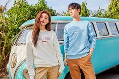 Doyeon & Cha Eunwoo for Polham 2019 SS collection. Korean Wedding Photography, Cha Eunwoo Astro, Kim Doyeon, Outdoor Shoot, Kpop Couples, Ulzzang Couple, Cha Eun Woo, Taemin, Couple Goals