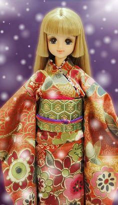 Kimono with Excelina .