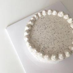 white aesthetic coconut aesthetic white coconut milk milky light soft snow japanese korean clothing cafe minimalistic grunge aesthetic aesthetics r o s i e Just Cakes, Cafe Food, Aesthetic Food, White Aesthetic, Japanese Aesthetic, Fancy Cakes, Pretty Cakes, Let Them Eat Cake, Amazing Cakes