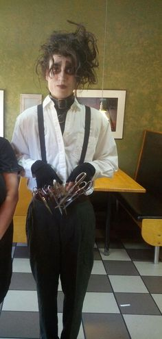 This halloween, do a '90s + Tim Burton throwback with an Edward Scissorshands costume