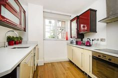 St John's Wood : £980 pcm. 2 double rooms available in a cracking little house in St. Johns Wood, London. Both rooms are very...