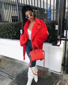 Our shades goes with any high fashion outfit 😍 achieve this look Baddie Outfits For School, Dearra Taylor, Urban Fashion, Fashion Looks, Rock Fashion, High Fashion Outfits, Ladies Fashion, Dress Fashion, Teen Fashion