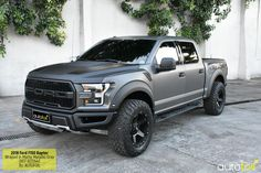 2018 Ford Raptor Wrapped in Matte Metallic Gray Foil - Autofoil Car Wrapping Technology Ford Ranger Truck, Lifted Ford Trucks, Jeep Truck, 4x4 Trucks, Diesel Trucks, Cool Trucks, Ford Diesel, Ford F150 Raptor, 2018 Ford F150