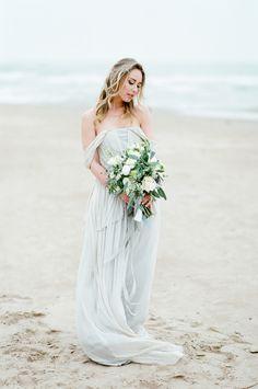 ETHEREAL SEASIDE WEDDING INSPIRATION