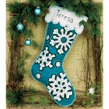 Look no further for your Dimensions flurries stocking felt applique kit. Available to buy on-line from Sew Essential. Felt Stocking Kit, Christmas Stocking Kits, Bird Christmas Ornaments, Felt Christmas Stockings, Felt Ornaments, Christmas Balls, Christmas Crafts, Stocking Ideas, Teal Christmas