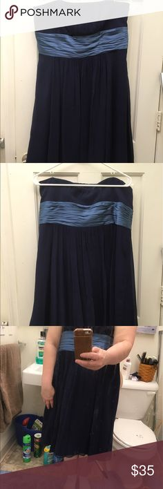 Dark blue Ann Taylor Strapless Dress Size 14 Gorgeous Dark Blue Ann Taylor strapless dress with light blue sash around the waist.  Fully lined, it's a gorgeous summer dress.  Shown with Anne Klein navy blue patent heels to match and a beautiful evening purse to match, both are also for sale!! Ann Taylor Dresses Strapless