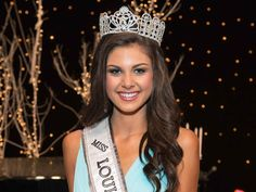 Pageant Question of the Day: Leading the Republican Polls | http://thepageantplanet.com/questions/pageant-question-of-the-day-leading-the-republican-polls/