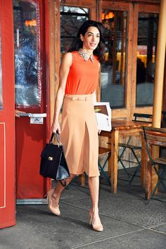 How to Wear Summer's Best Skirts Like a Celebrity : A line skirt, with collar top, mid heels shoes