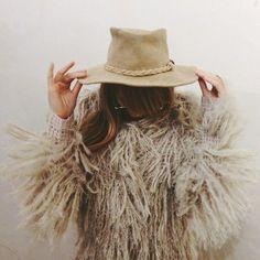 Fashion: Shaggy cowgirl.