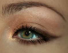 softer, more subtle cat eye-- a nice change from the matte black liquid one i do everyday!