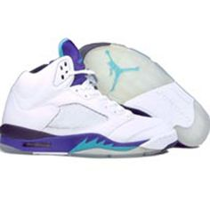 Grape 5s. Prettys sweet! Nike Air Jordan 5, Jordan V, Jordan Shoes, Nike Huarache, Green Grape, Air Jordans, Men Dress, Emerald Green, Sneakers Nike