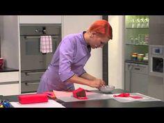 Comment transformer un cake en camion de pompier? La recette en images avec Swissmilk. - YouTube
