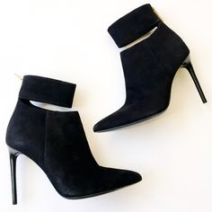 "Rachel Zoe Suede Booties NWT & box. Black suede Rachel Zoe ankle booties. Shaft approx 5"" from arch, circumference 8"" and heel is 4.25"". So adorable!! Reasonable offers welcome! Bundle discount available!(15% off 2+ items) No trades/off Posh transactions/modeling Rachel Zoe Shoes Ankle Boots & Booties"
