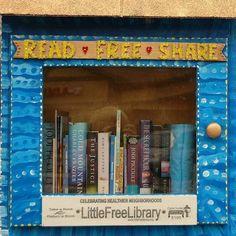 學習分享的精神!社區中的迷你圖書館