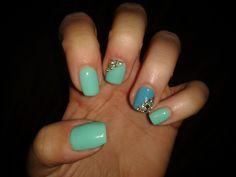 Mentha nails