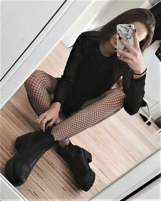 Need fishnet tights!!!
