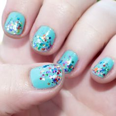 Fun nails for summer! #nails #glitter
