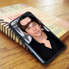 Austin Mahone Arriving For The 2013 Mtv Samsung Galaxy S7 Case