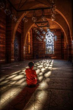 "islamic-art-and-quotes: ""Boy Prays at Al-Fateh Grand Mosque in Manama, Bahrain "" Nepal, Buddha Buddhism, Buddhist Monk, Charles Peguy, Religion, Little Buddha, Grand Mosque, Yoga Meditation, Buddhist Meditation"
