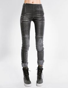 LEGGINGS PROGRAM LIMITED EDITION super fit elastic denim leggings  padded knees  zipped pockets, closing by zipper trashy, dirty look/ DEMOBAZA